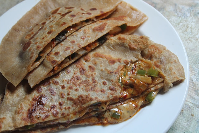 Pizza Paratha Recipe – Cheese Stuffed Paratha Recipe