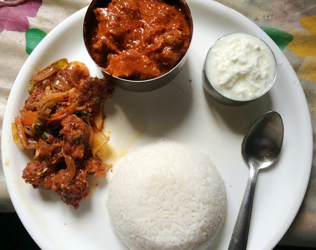 Lunch Menu 11 – Red Chicken Curry, Tawa Chicken Roast & Yogurt