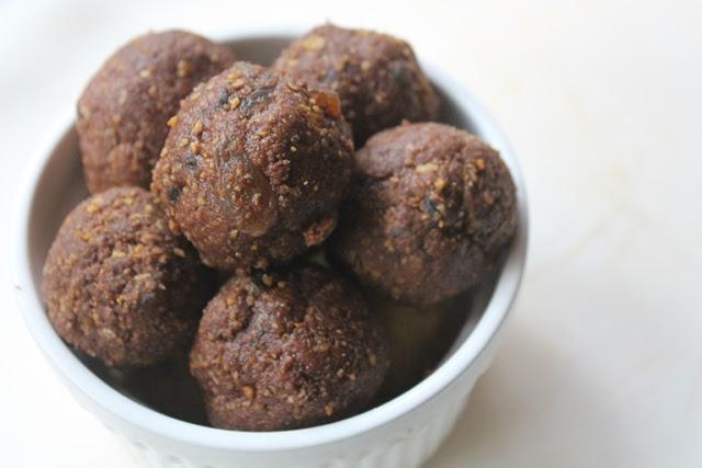 Cornflakes Nutella Ladoo Recipe – Cornflakes Balls Recipe