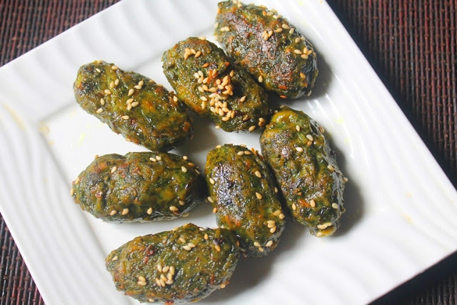 Spinach Muthia Recipe – Spinach Dumplings for Kids & Toddlers