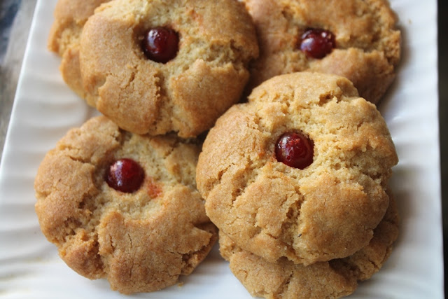Easy Atta Cookies Recipe – Eggless Whole Wheat Cookies Recipe