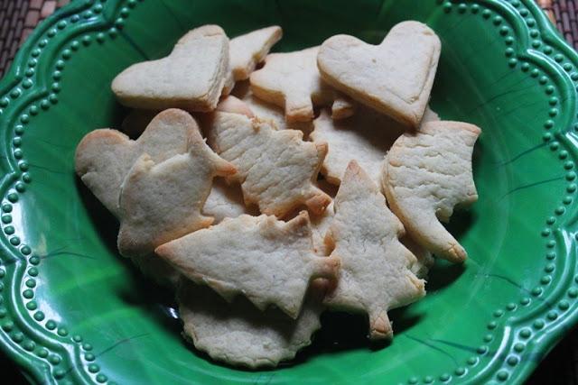 Eggless Cutout Sugar Cookies – Eggless Sugar Cookies