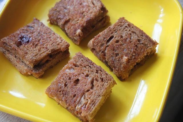PB & J Sandwich Recipe – Grilled Peanut Butter & Jelly Sandwich Recipe