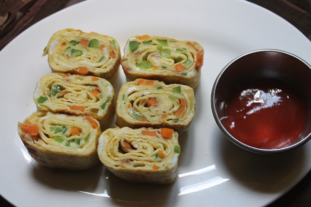 Japanese Rolled Omelette Recipe – Tamagoyaki Recipe