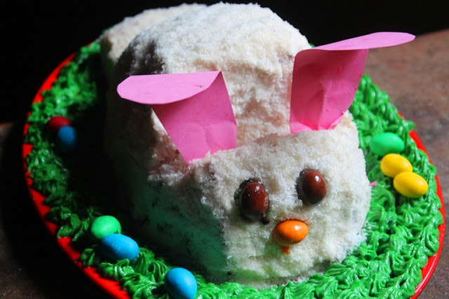 Easter Bunny Cake Recipe – How to Make a Easy Bunny Cake