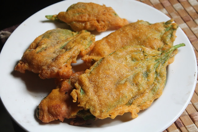 Palak Pakora Recipe – Crispy Palak Pakoda Recipe