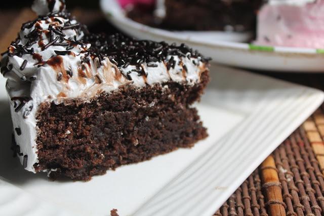 Eggless One Pot Chocolate Cake Recipe