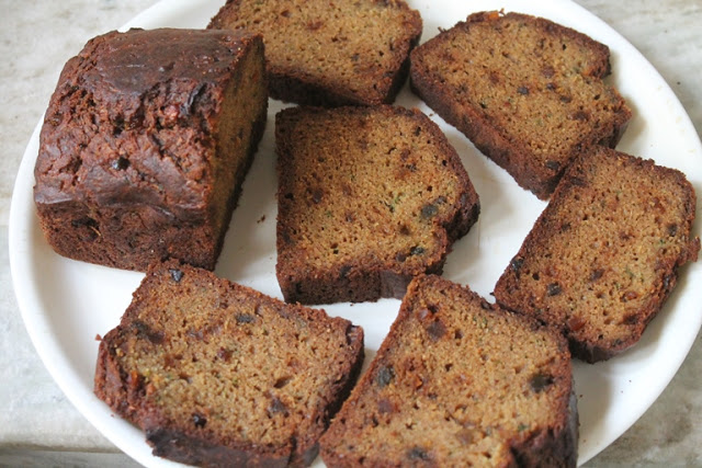 Whole Wheat Zucchini Bread Recipe – Healthy & Moist Zucchini Bread Recipe