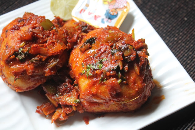 Masala Pav Recipe – Mumbai Street Food Style Masala Pav Recipe