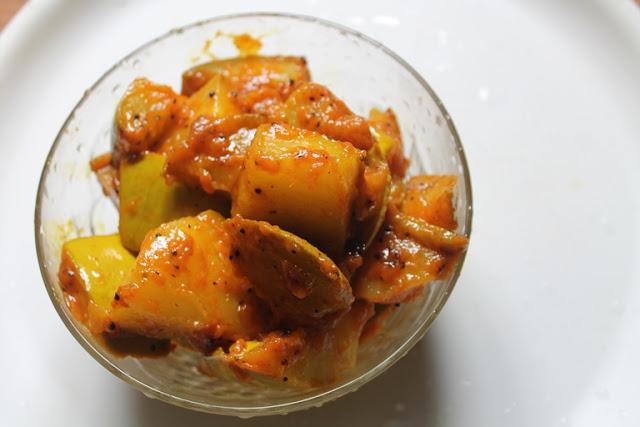 Raw Mango Poriyal Recipe – Manga Poriyal Recipe