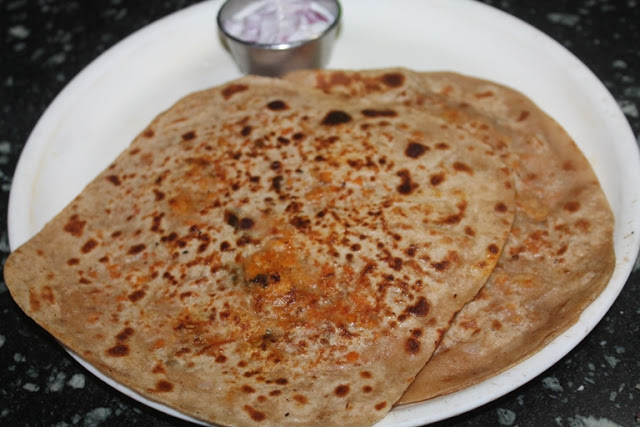 Chicken Keema Paratha Recipe – Stuffed Chicken Paratha Recipe
