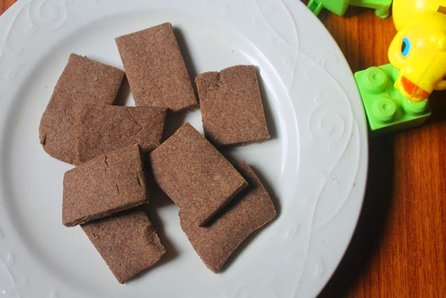 Toddler Ragi Biscuits Recipe – Finger Food Recipes for Babies & Toddlers