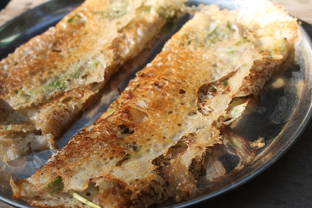 Onion Rava Dosa Recipe – Rava Dosa using Wheat Flour