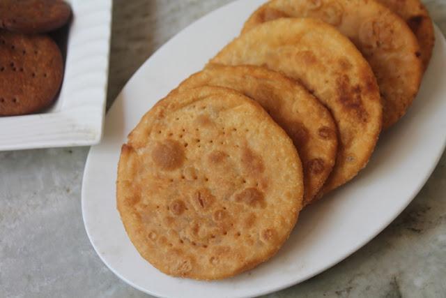 Masala Mathri Recipe – Masala Stuffed Mathri Recipe