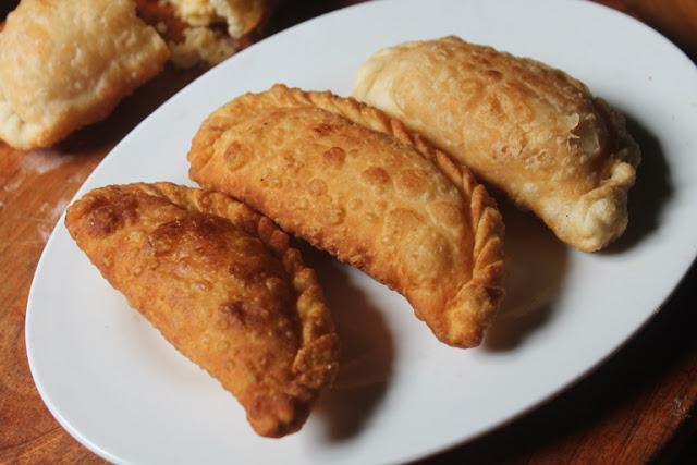 Sweet Somas Recipe – Somasi Recipe – Karanji Recipe