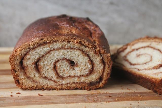 Cinnamon Swirl Bread Recipe – Eggless Cinnamon Bread Recipe