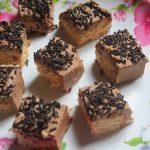 No Bake Biscuit Cake Recipe – No Bake Biscuit Cream Cake Recipe