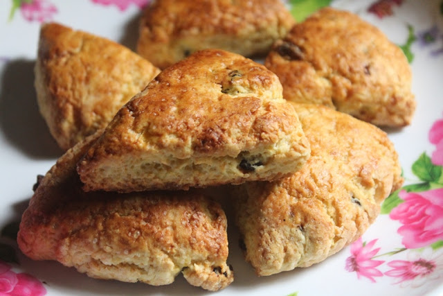 Eggless Orange & Cranberry Scones Recipe