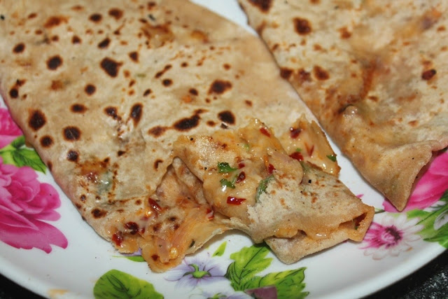 Cheese Paratha Recipe – Stuffed Cheese Paratha Recipe