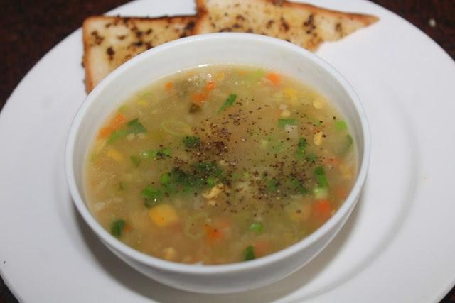 Restaurant Style Sweet Corn Soup Recipe – Sweet Corn Soup with Cream Style Corn