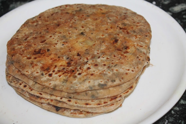 Aloo Methi Paratha Recipe