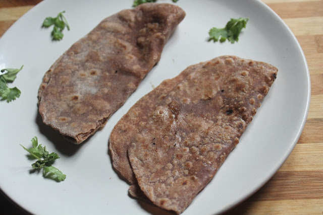 Ragi Roti Recipe – Healthy Finger Millet Chapati Recipe