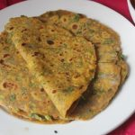 Fresh Methi Thepla Recipe – Methi & Spring Onion Thepla Recipe