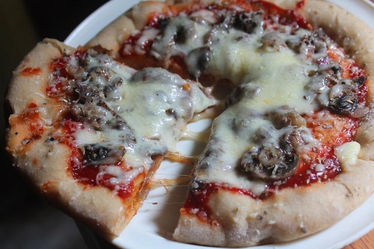 Mushroom Pizza Recipe – Whole Wheat Mushroom Pizza Recipe