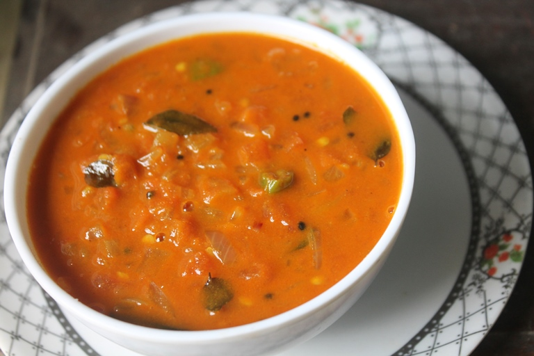 Onion Tomato Gotsu Recipe – Thakkali Kotsu Recipe – Sidedish for Idli & Dosa