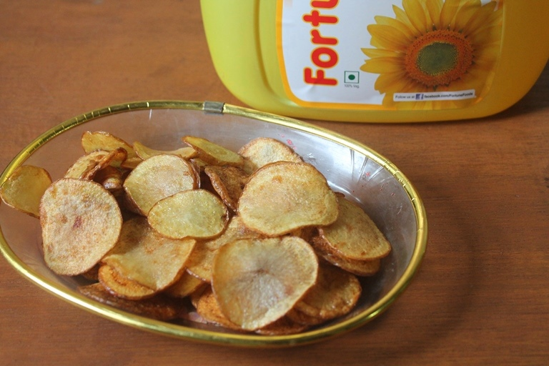 Crispy Potato Chips Recipe – How to Make Potato Chips at Home