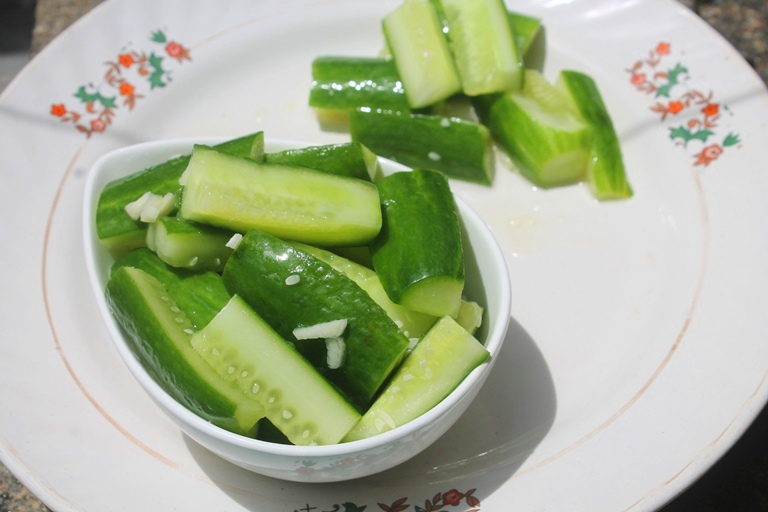 Chinese Cucumber Salad Recipe – Easy Summer Salad Recipes