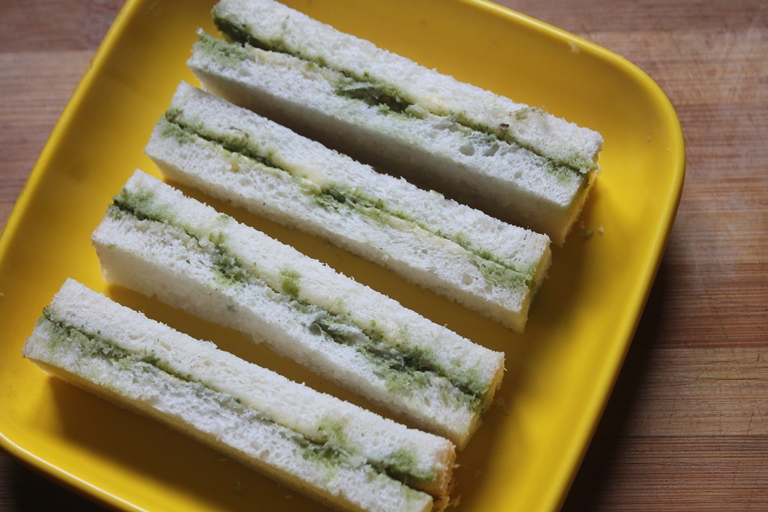 Chutney Sandwich Recipe – Bombay Green Chutney Sandwich Recipe