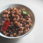 Black Eyed Peas Sundal Recipe – Karamani Sundal Recipe