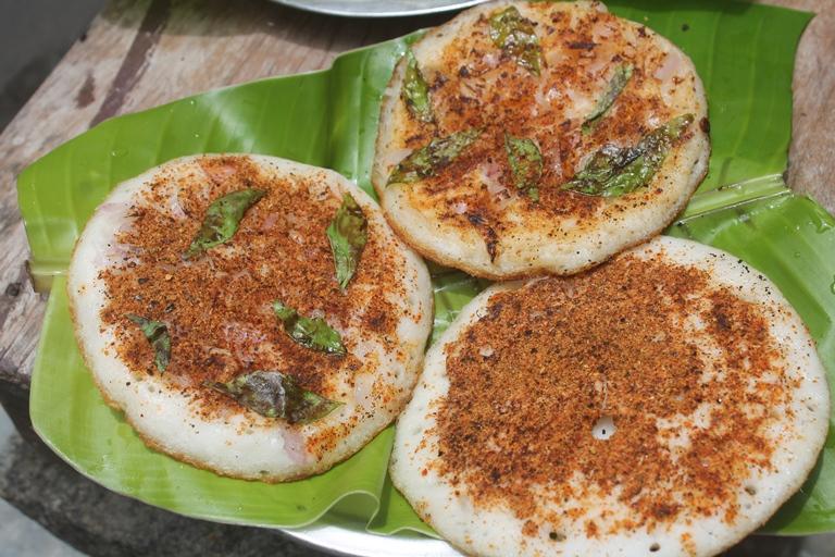 Onion Podi Uthappam Recipe – Podi Uthappam Recipe