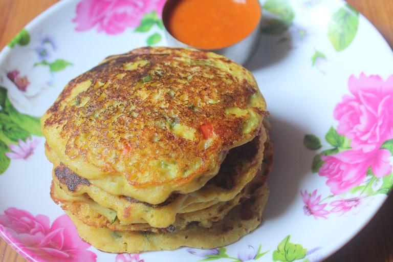 Instant Bread Uthappam Recipe – Easy Breakfast Ideas