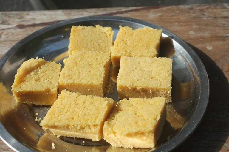 My Mum's Mysore pak Recipe – Ghee Mysore pak Recipe (Version 2)