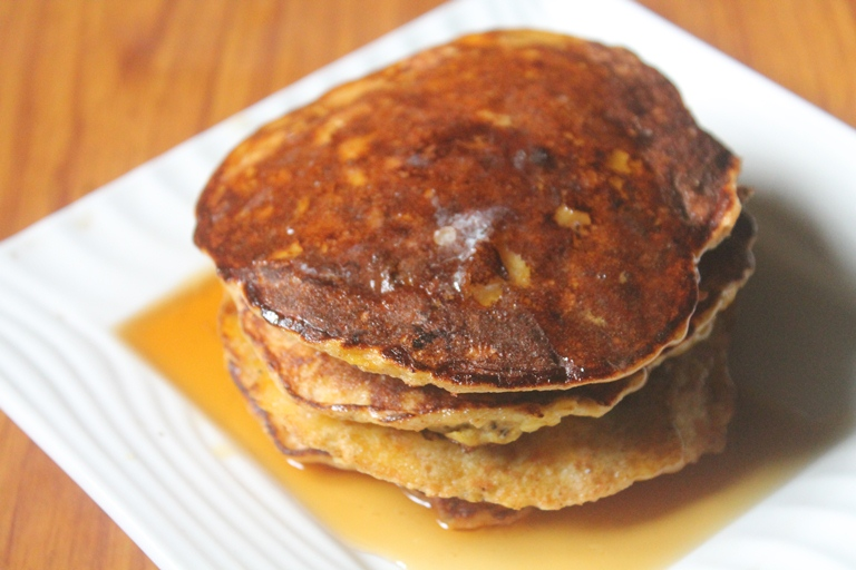 2 Ingredient Banana Pancakes Recipe – Banana Egg Pancakes