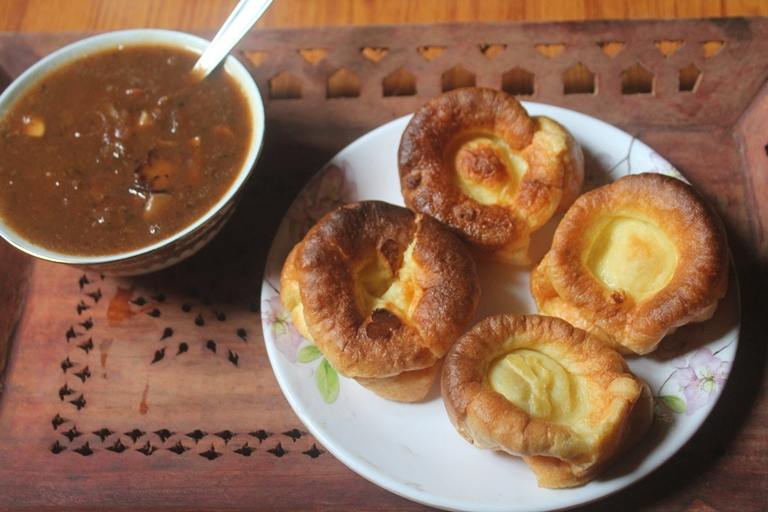 Easy Yorkshire Pudding Recipe with Onion Gravy Recipe
