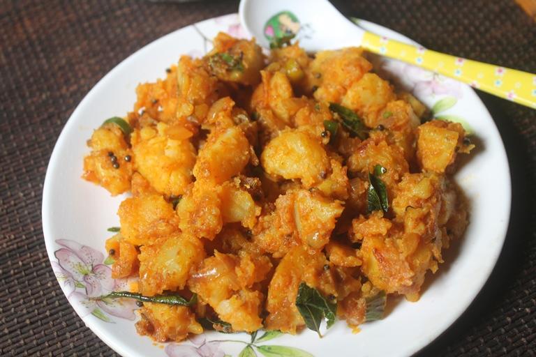 Spicy Potato Podimas Recipe – Urulai Kizhangu Kara Podimas Recipe