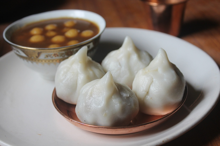 Rava Poorna Kozhukattai Recipe – Sooji Modak Recipe