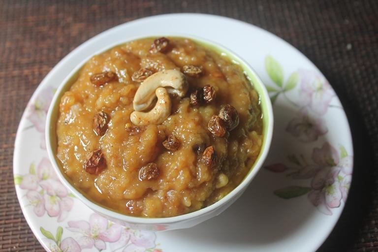 Varagu Arisi Sakkarai Pongal Recipe – Millet Sweet Pongal Recipe
