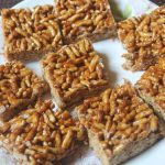 Puffed Rice Chikki Recipe – Pori Mithai Recipe
