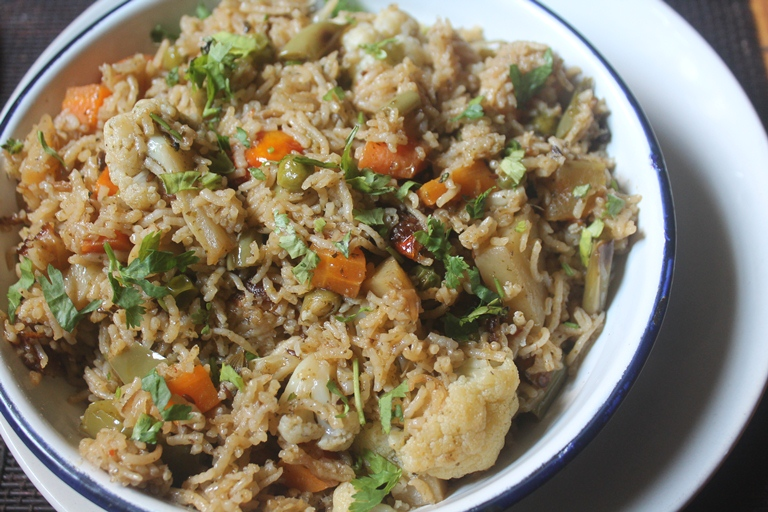 Restaurant Style Vegetable Pulao Recipe (Pulav Recipe)
