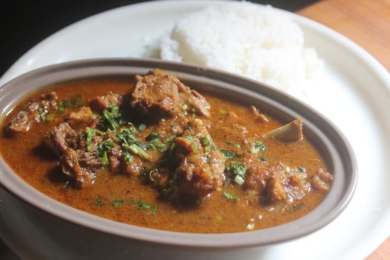 Pepper Chicken Gravy Recipe - Milagu Chicken Curry Recipe