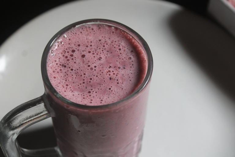 Black Currant Milkshake Recipe – Easy Shake Recipes