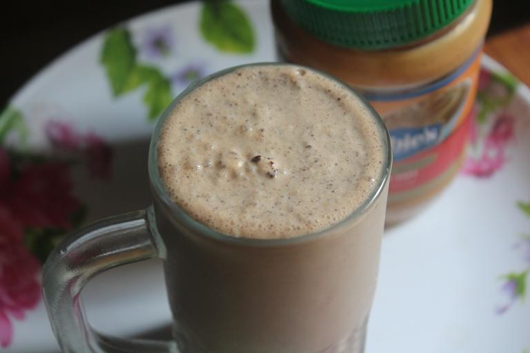 Peanut Butter Milkshake Recipe – Easy Shake Recipes