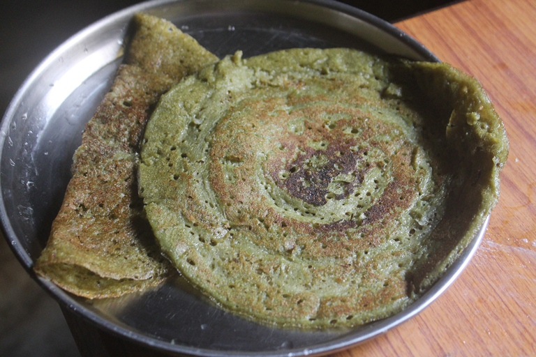 Spinach Dosa for Babies, Toddlers & Kids