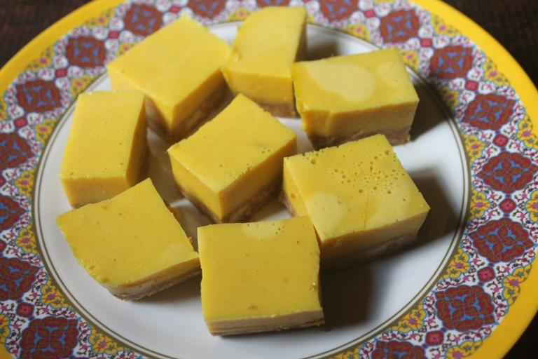 No Bake Mango Bars Recipe + Tredyfoods.com Review