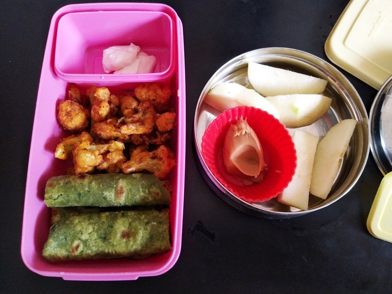 Spinach Chapati & Cauliflower Fry – Kids Lunch Box Ideas 7