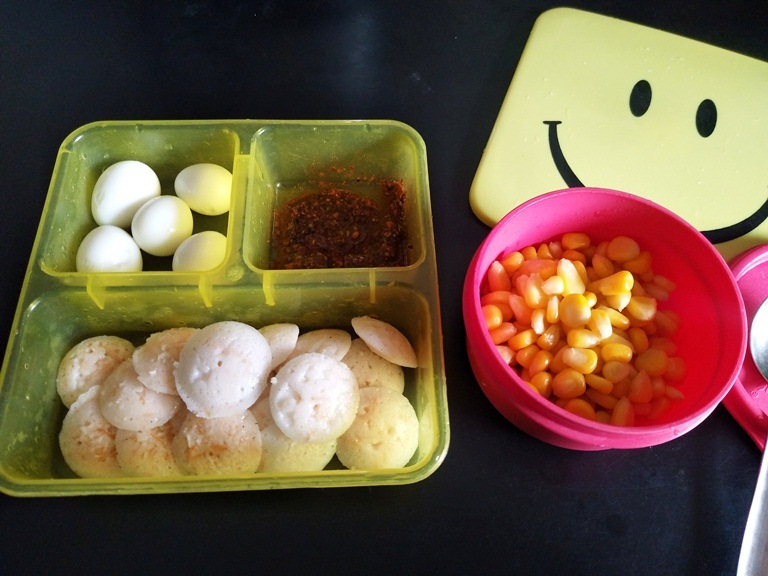 Carrot Mini Idly, Quail Eggs & Sweet Corn – Kids Lunch Box 10